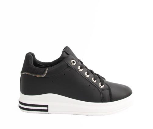 Sneakers Μαύρα δίπατα